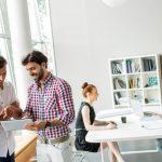 Qual a importância de investir em um bom ambiente de trabalho?